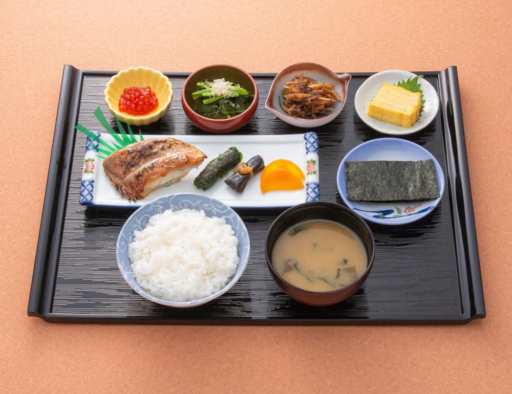 【朝食】 1,080円(税込)
